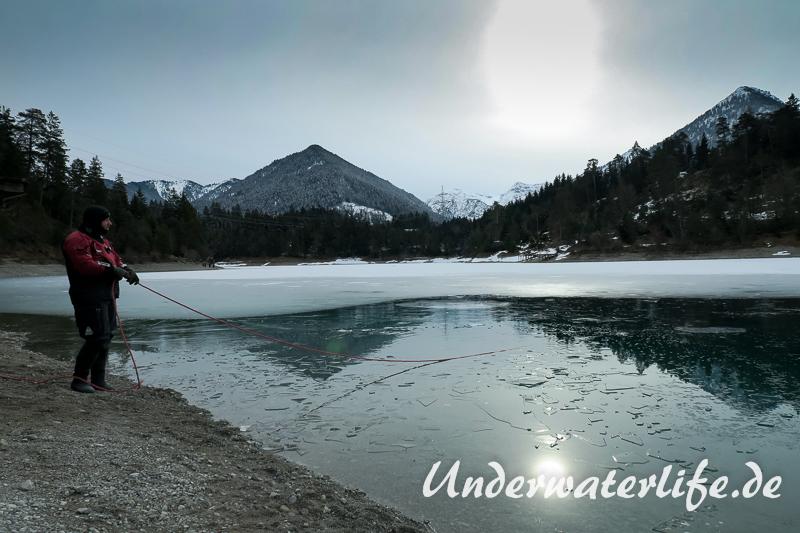 2016-02-Urisee-Eistauchen-002