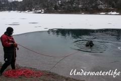 2016-02-Urisee-Eistauchen-018